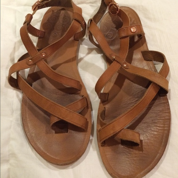 2101526107b3d4 Roxy Brown Leather Sandals. M 57b638be4e8d17d8e0006580