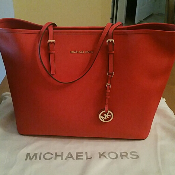 3e2cbeabaff8 Michael Kors Bags | Jet Set Travel Tote Mandarin Color | Poshmark