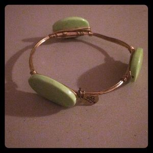 NWOT Bourbon and Boweties bangle