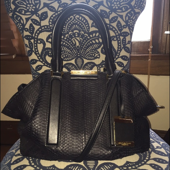 5af600fc23bb Michael Kors Bags | Collection Lexi In Blk Snakeskin | Poshmark