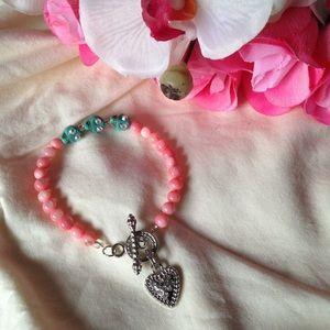 Hand-made Turquoise Skulls bracelet