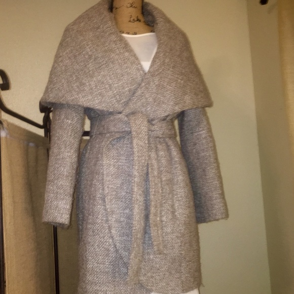 76% off T Tahari Jackets & Blazers - T Tahari Marla Tweed Coat ...