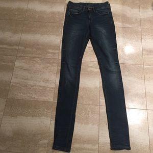 Zara Basic denim mid rise-skinny size 34/size 2