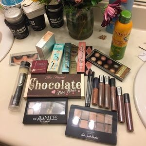 Other - HUGE MAKEUP SALE on SUNDAY!!! :D
