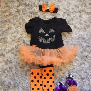 Other - Pumpkin outfit