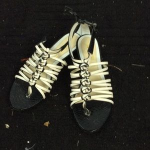 L.A.M.B. Shoes - L.A.M.B. Like new size 8 sandals