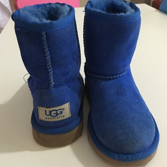 ugg boots child size 9