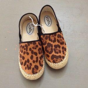 Stevies Shoes - 💰Stevie's Shoes Slip Ons espadrilles Cheetah New