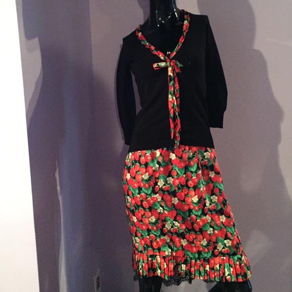 94df3dd942 Dolce & Gabbana Dresses & Skirts - Dolce & Gabbana Strawberry Silk Sweater  ...