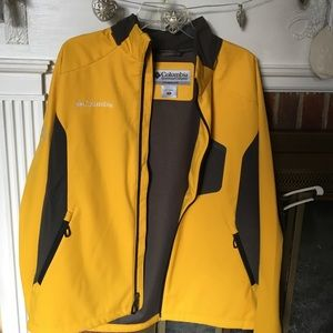 Men's xl Columbia yellow grey soft shell jacket