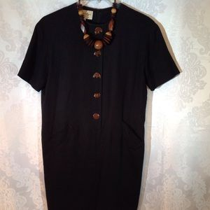 Evan Picone Animal Button Black Dress 🐘🐢🐵