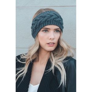 Accessories - 🆑Cable Knit Crochet Headband