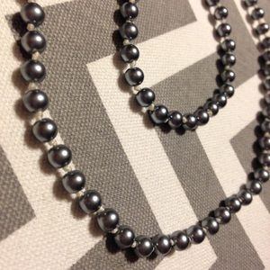 Jewelry - Faux pearl necklace & bracelet