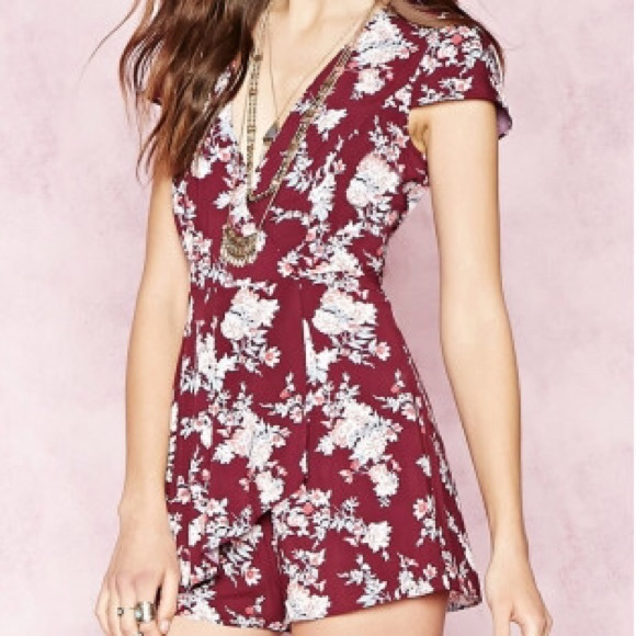 0eb05a47102  NEW  Maroon Floral Romper