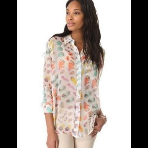 Equipment Daddy Button Blouse in Feather Print