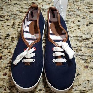 H&M sneakers!