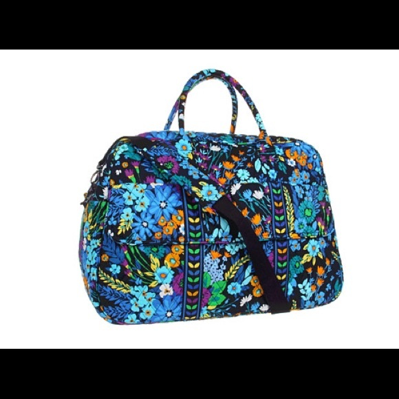 d7bf9372efb2 Vera Bradley Grand Traveler in Midnight blues. M 57b7f7ff2fd0b75ef000d94a