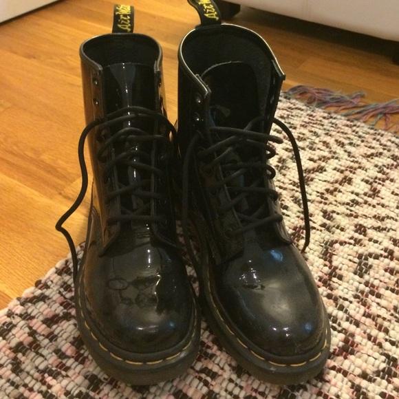 61 dr martens shoes doc marten black patent