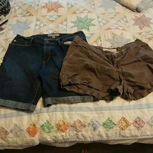 Pants - Bundle deal shorts, EUC, Levis and Old Navy