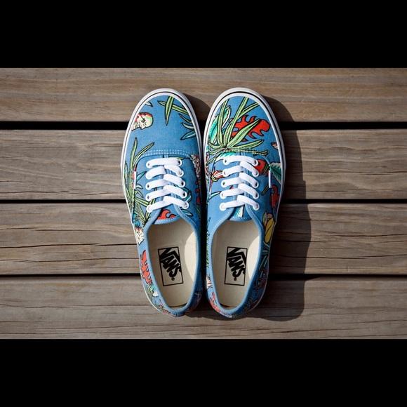 Tropical Print Tennis Shoes