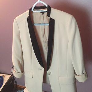 Express beige blazer size 4