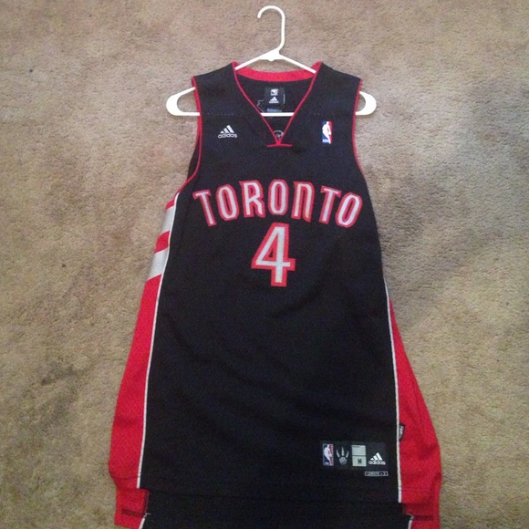adidas Other - Chris bosh Toronto Raptors jersey! 4a4905812