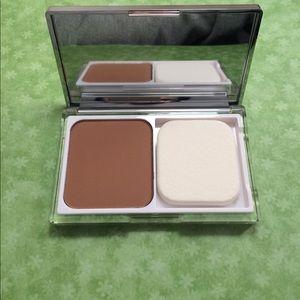 Clinique Other - Clinique Acne Solutions Powder Makeup #18 Sand