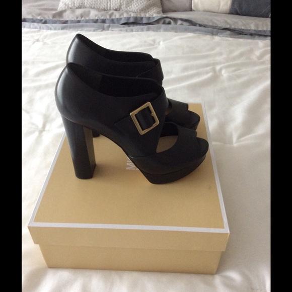 ca230f08a7a Michael Kors Eleni Leather Platform Sandal NWT
