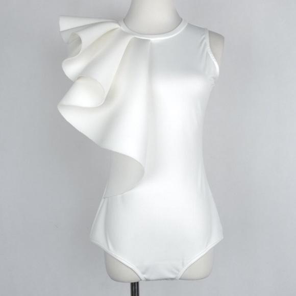 52cca34c364e04 One shoulder white ruffle body suit cute sexy