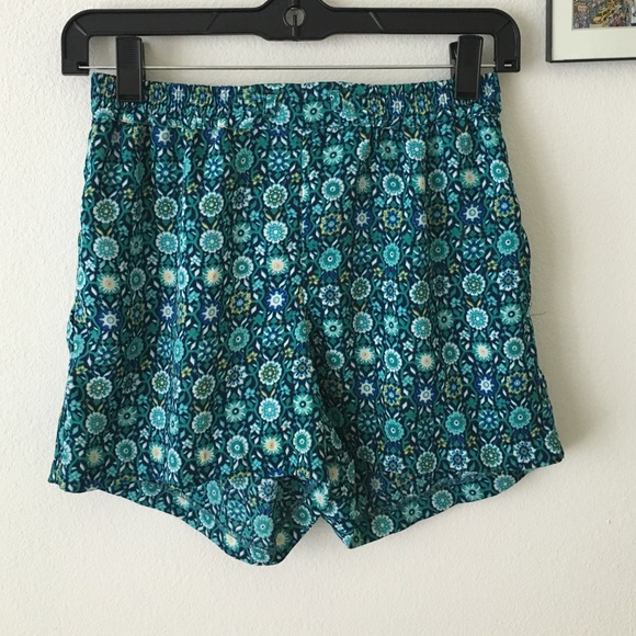 55% off Olivaceous Pants - Patterned flowy shorts from Grace's ...