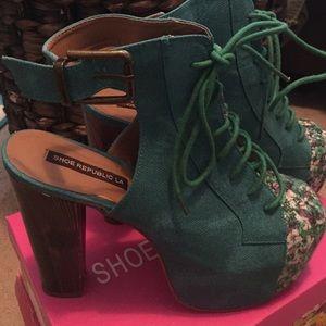 shoe republic LA floral platform booties/heels 7.5