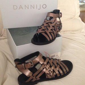 DANNIJO Shoes - DANNIJO sandals like new