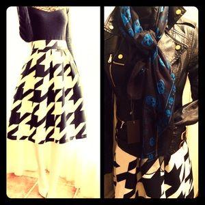 Dresses & Skirts - Houndstooth Umbrella Skirt