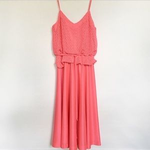 Pretty in pink vintage sun dress w crochet