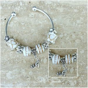 Salty Grace  Jewelry - Shoe charm classy bangle