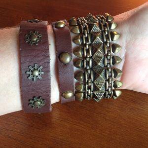 Jewelry - 🔶🔱Cuff & Bullet bracelets