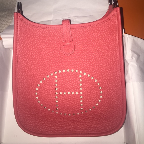 b892fd32ba8a Hermes Evelyne TPM Mini Red