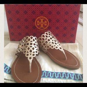 Tory burch davy thong sandal