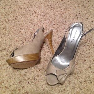 Taupe madden girl heels