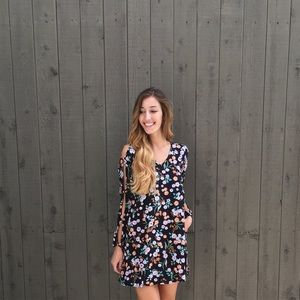 | new | black floral dress