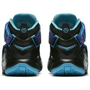 san francisco aa94d 34362 LeBron James Shoes - Nike Kids  Grade School Zoom LeBron Soldier IX