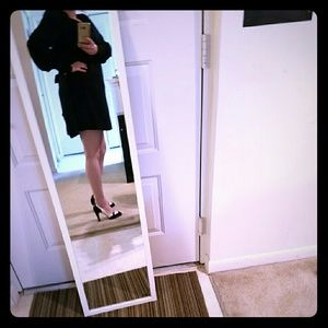 ALICE by Temperley Dresses & Skirts - EUC Alice Temperley Vintage Inspired Black Dress