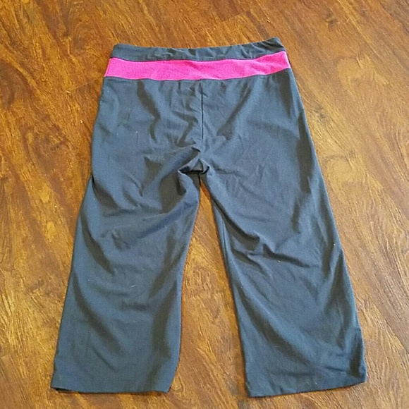 Bally Yoga Pant Size XL From
