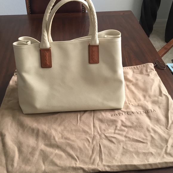 Bottega Veneta Bags   100 Authentic Cream Jet Set Tote   Poshmark 6b2b32927c