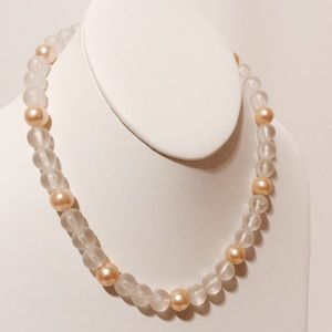 Vintage Jewelry - Vintage Matte Crystal & Pearls Chocker