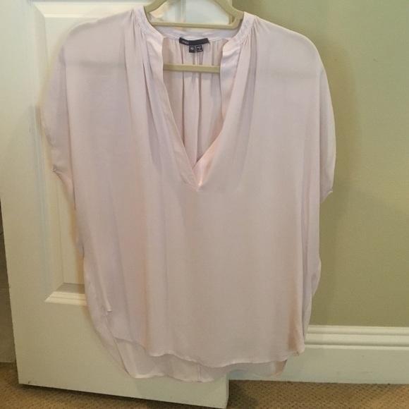 bc9a9a2c0f42 Vince light pink silk blouse. M 57b9d22eeaf030f494004f80
