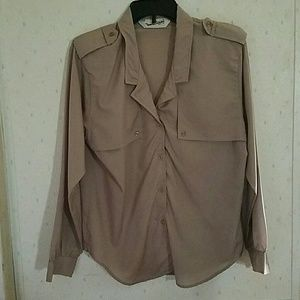 DVF button down blouse 100% polyester size 10