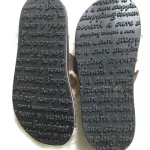 764ea070827 Privo Shoes - Privo by Clarks Stepping Toward A Cure Flip Flops