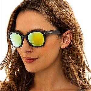 Le Specs Accessories - Le Specs Miso Cool Mirror Sunglasses