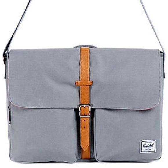 7d61712a215 Herschel Supply Company Other - Authentic Herschel Columbia Messenger Bag